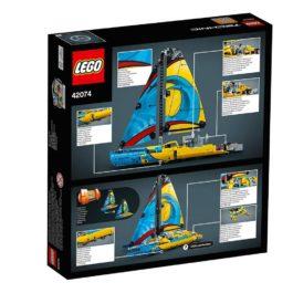 42074 – Racing Yacht