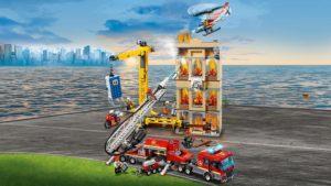 Πυροσβεστική στο Κέντρο της Πόλης